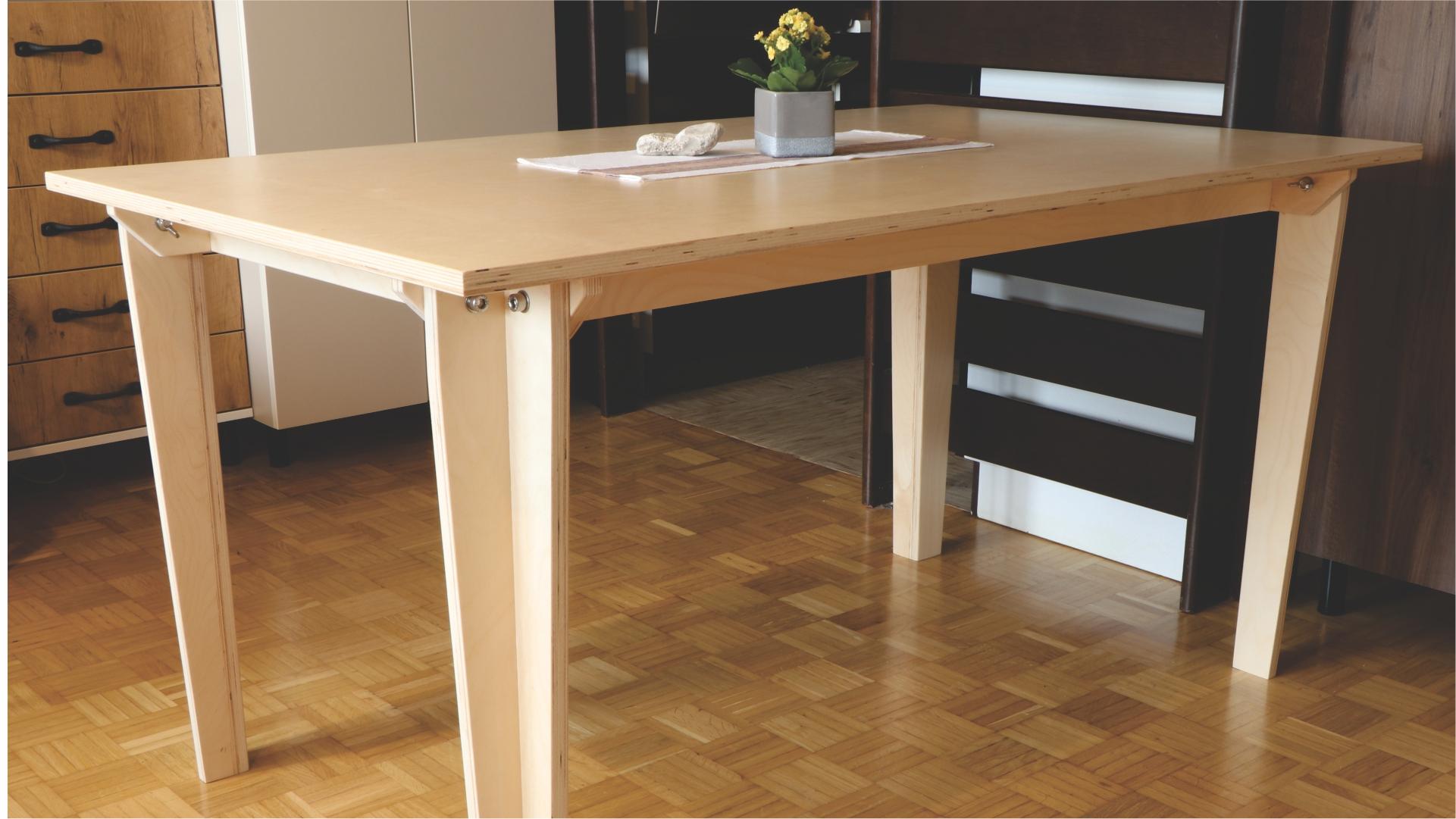 Blagovaonski stol od šperploče